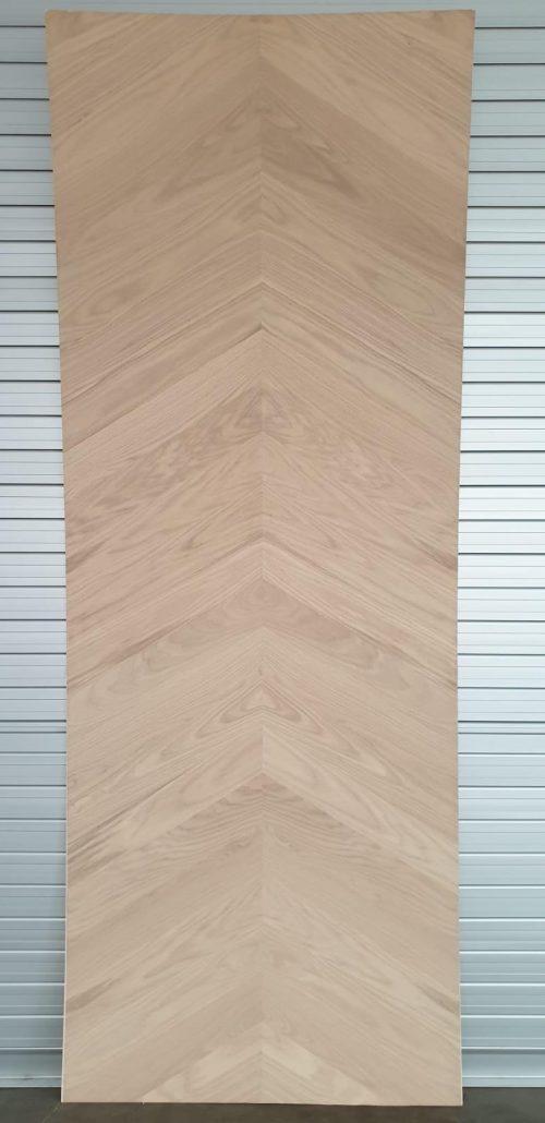 Chevron Natural Oak Veneer Plywood